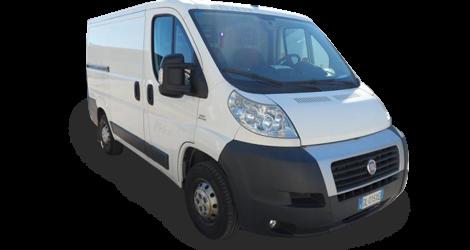 Noleggio furgone a passo corto in provincia di cuneo a basso costo